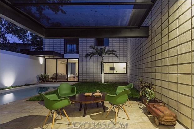 13-c-förmiger Betonblock-Haus-Schwimmbad-Hof.jpg