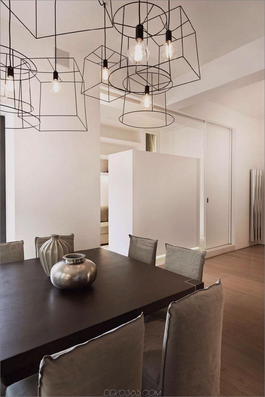 Moderne Karkassenbeleuchtung über einem formalen Esstisch