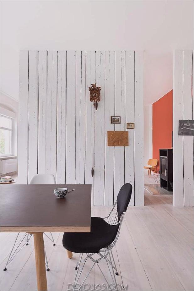 schick-strukturierte-interieurs-mit-einzigartigen-materialien-von-karhard-architektur-6-wood-plank-division.jpg