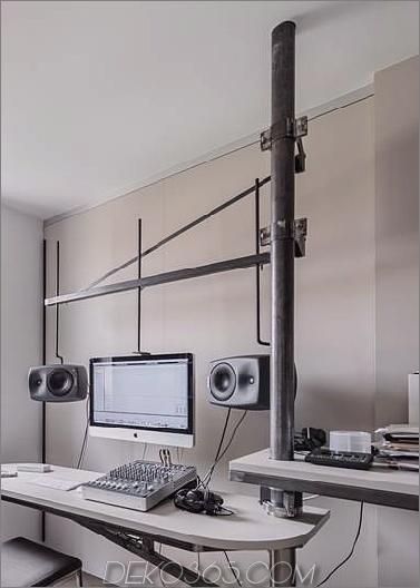 schick-strukturierte-interieurs-mit-einzigartigen-materialien-von-karhard-architektur-15-swiveling-desk.jpg