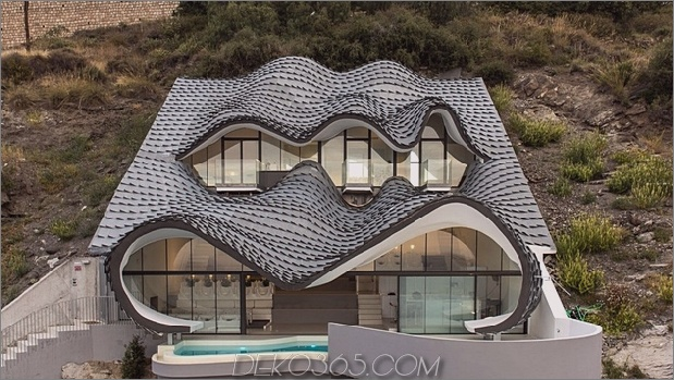 Cliff House in Spanien 2 64340 Cliff House in Spanien: Teil Gaudi, Teil Hobbit, All Masterpiece