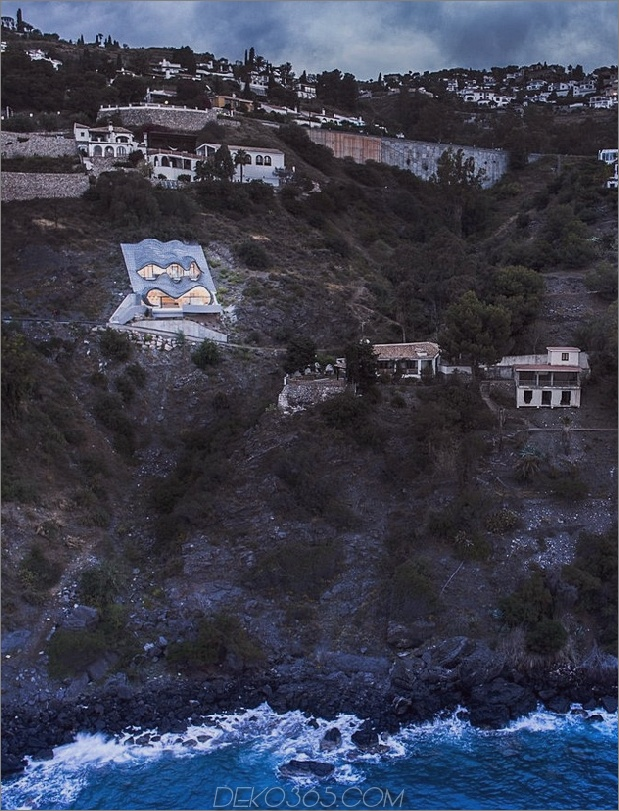 cliff-house-in-spanien-1a.jpg