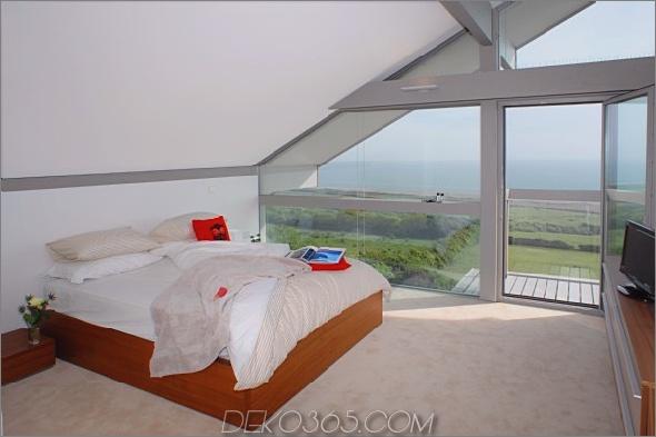 Coast-Cottage-Home-Lovely-Waterfront-Retreat-uk-4.jpg