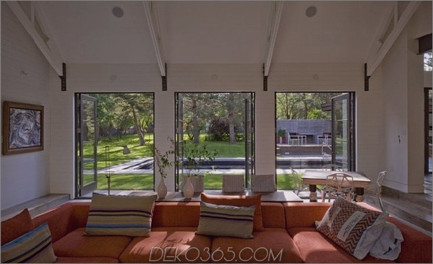 colorado-home-modern-annehmlichkeiten-farmhouse-flair-10-couch.jpg