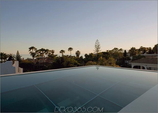 Beton-Home-Pool-Glas-Boden-5-Unendlichkeit-Kante.jpg