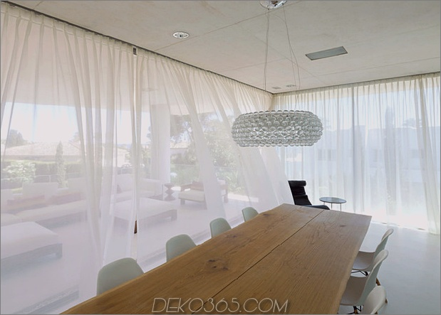 Beton-Home-Pool-Glas-Boden-10-dining.jpg