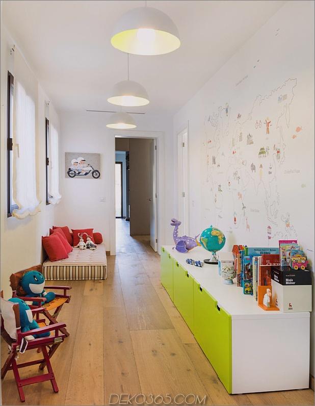 Einfamilienhaus kombiniert Erdtöne-minimalistisch-ästhetisch-8-play-area.jpg