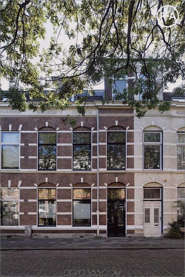 Cooles niederländisches Haus mit zeitgenössischen Volumen und Hohlräumen umgestaltet 2 thumb 630x945 12290 Cooles niederländisches Haus mit vierstöckiger Wendeltreppe