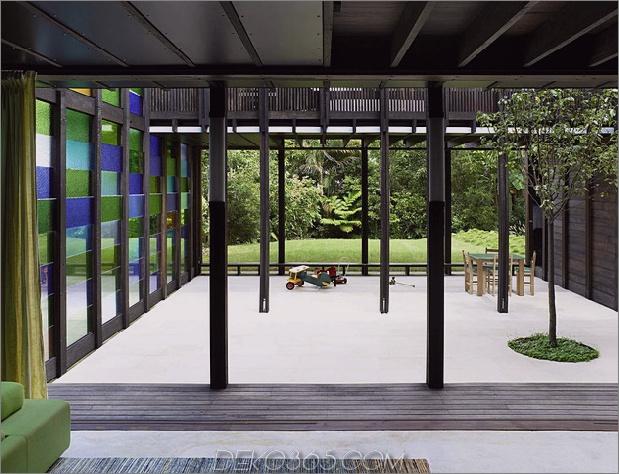 farbige Glas-Wände-funkeln-von-Hütte-Zusatz-6-Terrasse.jpg