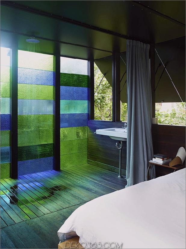 farbige Glaswände-funkeln-von-Hütte-Zusatz 9-ensuite.jpg