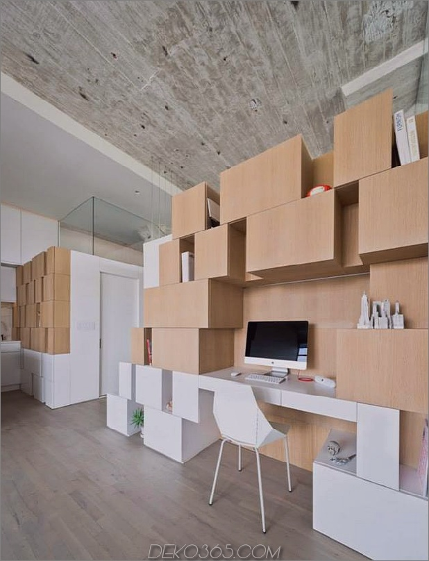 Creative Storage Wall integriert Stairwell in New Mezzanine_5c58e16a56177.jpg