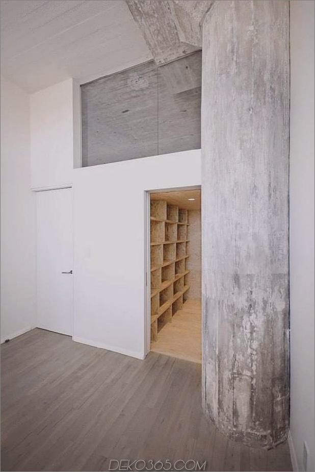 Creative Storage Wall integriert Stairwell in New Mezzanine_5c58e16d821dc.jpg