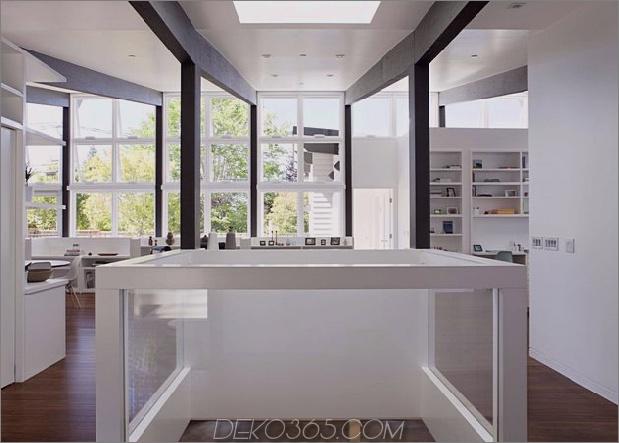 cupertino-cubby-gefüllt-hunderte-regale-open-space.jpg