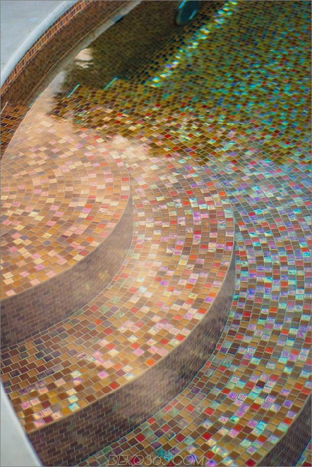 preisgekrönt-stradivarius-violine-pool-cipriano-landschaft-design-17-tile-steps.jpg