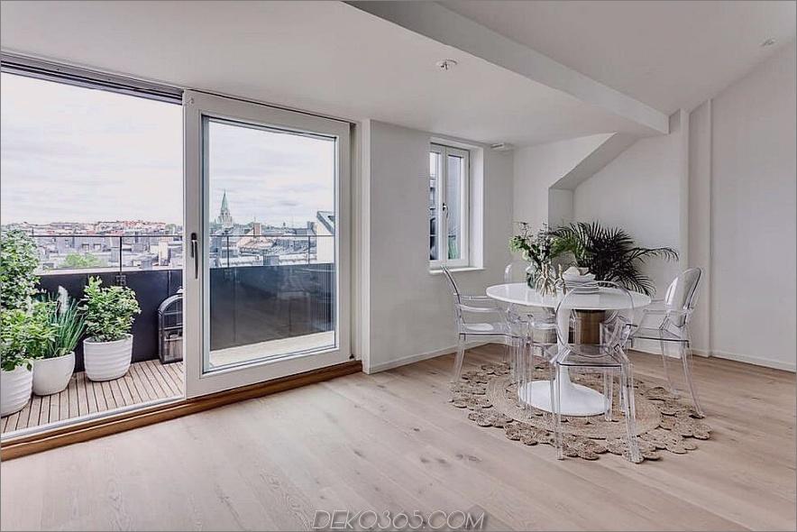 Küche und Essbereich bieten Zugang zum Balkon