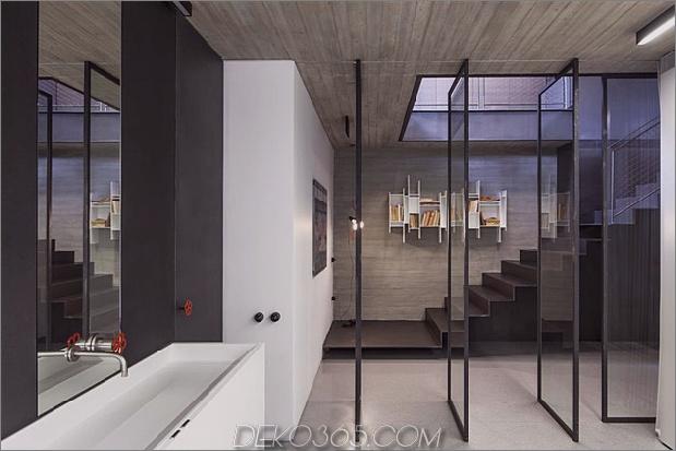 dunkel-und-dramatisch-tel-aviv-apartment-by-pitsou-kedem-3.jpg