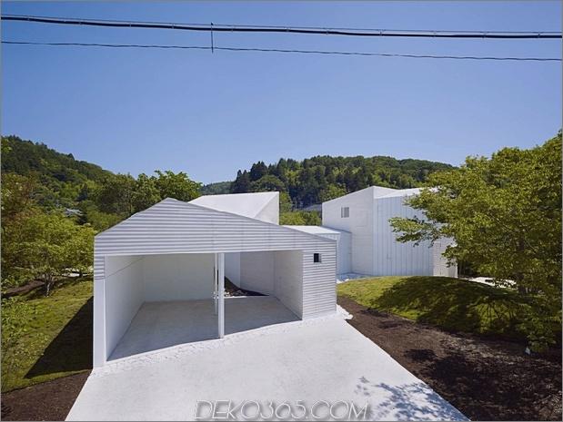 Das Dach hat kreisförmige Ausschnitte, um Baumkronen zu emulieren_5c58db5c0cf01.jpg