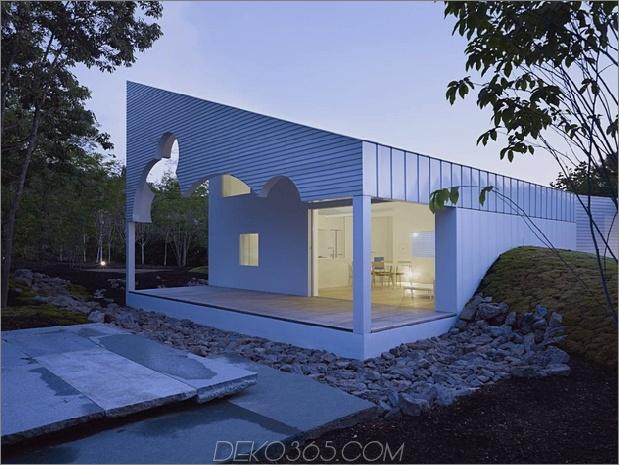 Das Dach hat kreisförmige Ausschnitte, um Baumkronen zu emulieren_5c58db5e8ee71.jpg