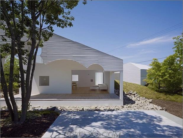 Das Dach hat kreisförmige Ausschnitte, um Baumkronen zu emulieren_5c58db5fa3bae.jpg