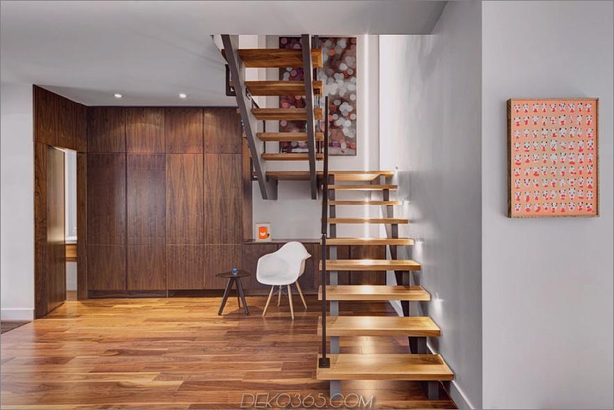 Raum unter Treppen kann als Arbeitsbereich genutzt werden