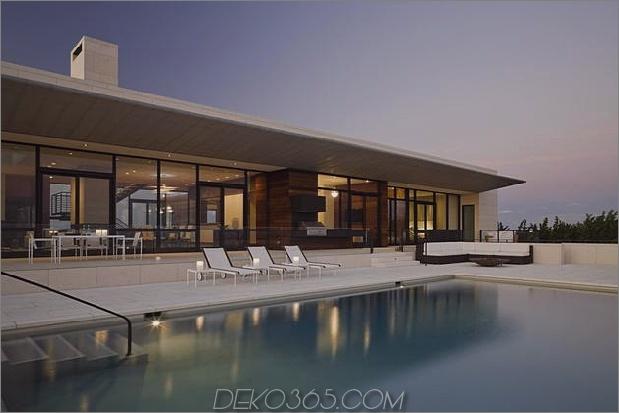 Oceanside-Home-Teak-Wände-Pool-Dach-Kamin-7-Pool.jpg