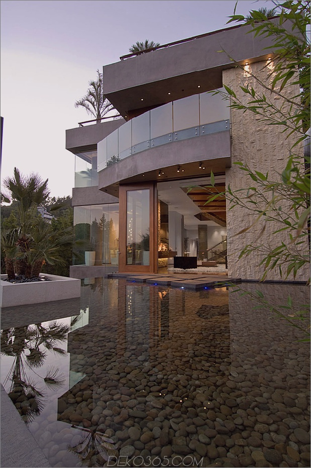 Das ultimative Party House in Beverly Hills_5c59accdc9410.jpg