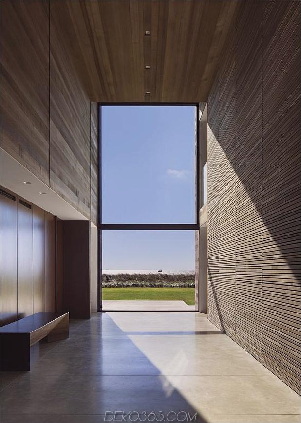 Haus-Sandwich-zwischen-Teich-Ozean-maximiert-Ansichten-Grenzen-6-foyer.jpg