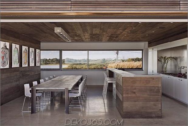 Haus-Sandwich-zwischen-Teich-Ozean-maximiert-Ansichten-Grenzen-11-kitchen.jpg