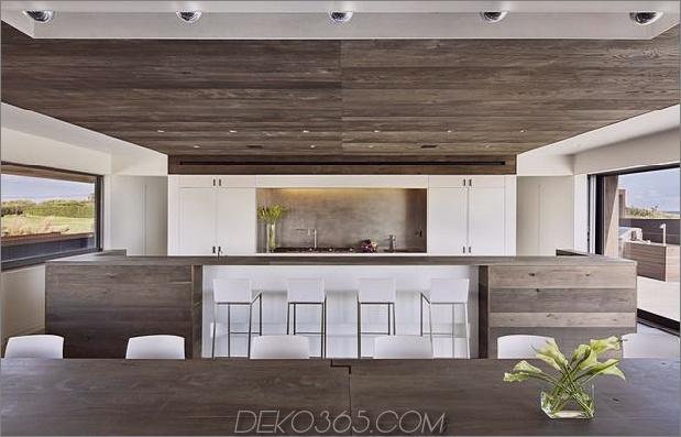 Haus-Sandwich-zwischen-Teich-Ozean-maximiert-Ansichten-Grenzen-12-kitchen.jpg