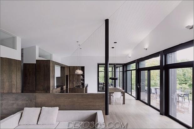 Diagonale Dachlinie-definiert-umfangreiche-kanadische Hügel-Lot-Haus-12-Wohnzimmer-Küche.jpg