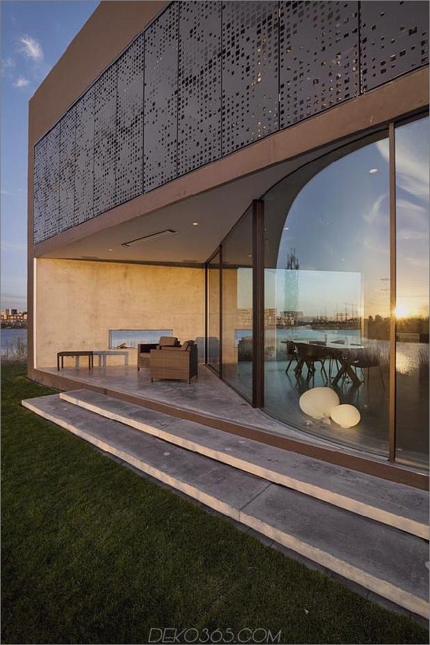 Rautenhaus-mit-kurvigen Glasfenstern-4-gekrümmten-Glas.jpg