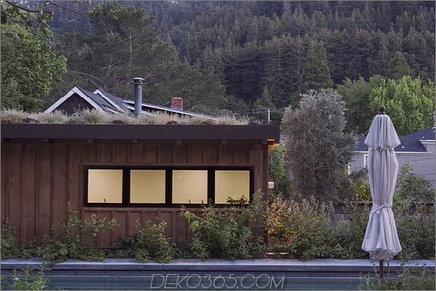 Hütte-Erweiterung-lokale-Wald-Kompliment-Bergblick-14-garage.jpg
