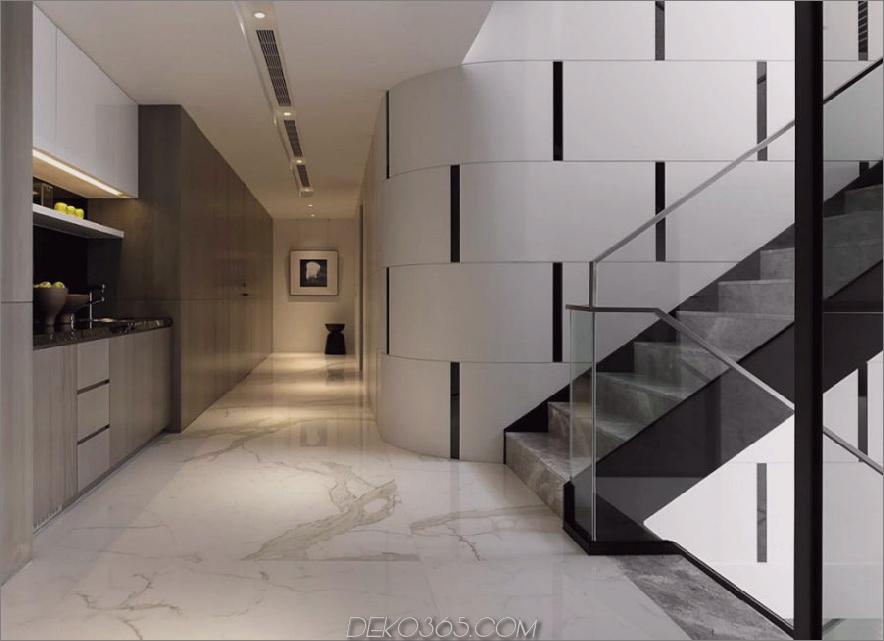 Viel Stauraum die Treppe hinauf