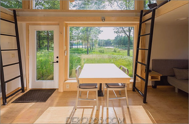 tiny-home-on-trailer-escape-homes-traveller-3-interior.jpg