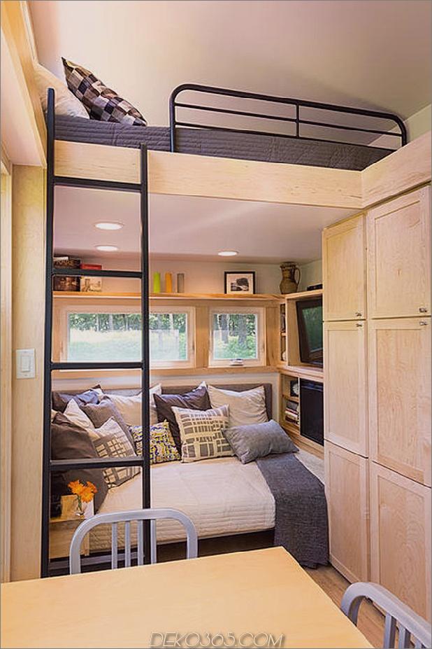 tiny-home-on-trailer-escape-homes-traveller-7-wohnzimmer.jpg