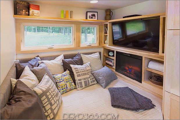 tiny-home-on-trailer-escape-homes-traveller-8-tv-storage.jpg