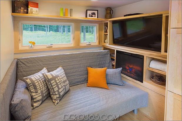 tiny-home-on-trailer-escape-homes-traveller-9-klappbett.jpg
