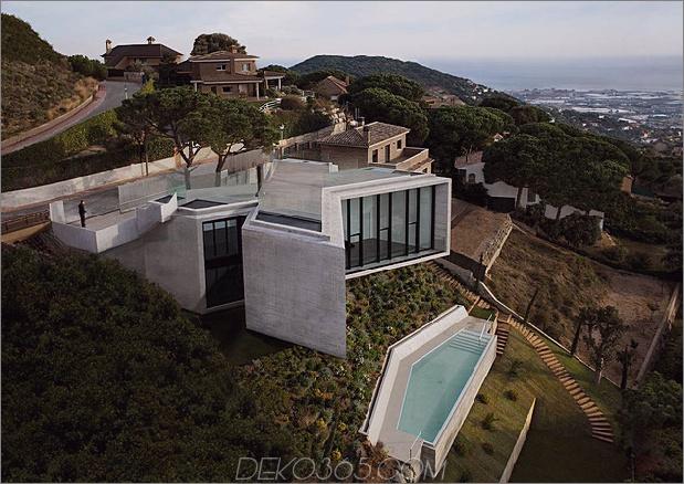 cadaval and sola morales x förmiges haus 1 thumb 630xauto 54572 Dieses X-förmige Hausdesign ist ein Werk großer architektonischer Köpfe