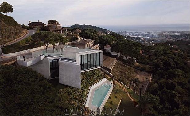 cadaval and sola morales x barcelona barcelona 1b thumb 630xauto 54574 Dieses X-förmige Hausdesign ist ein Werk großer architektonischer Köpfe