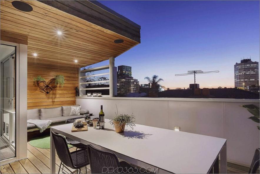 Terrasse bietet Blick auf die Stadt