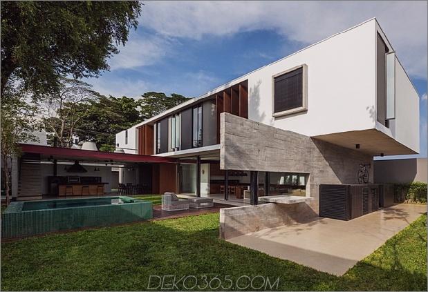 Dual Direction Haus aus Beton umgibt den Innenhof am Pool Brasilien 1 thumb 630x430 19826 Dual Direction Haus aus Beton umgibt den Pool am Innenhof in Brasilien