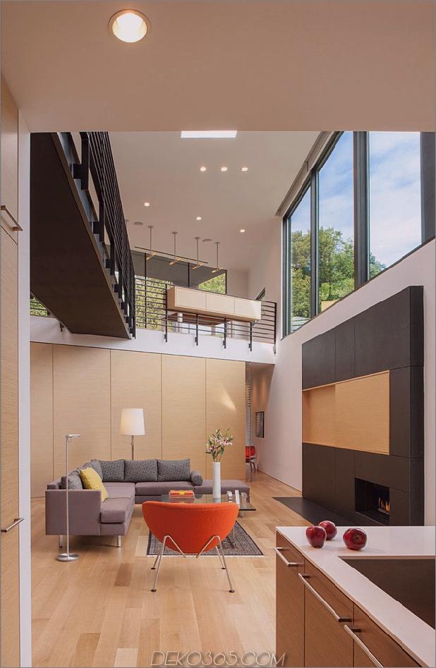 Dreieck-Haus-mit-Brücke-zu-Büro-Loft-Overhead-3.jpg