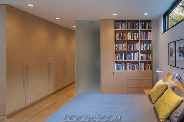 dreieckiges Haus-mit-Brücke-zu-Büro-Dachboden-Overhead-10.jpg