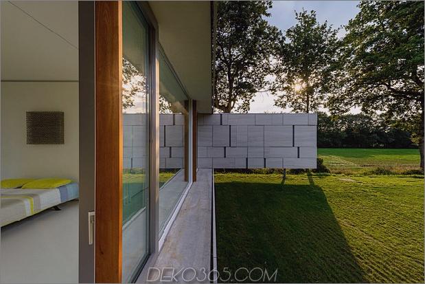 Beton-Haus-Wände-Glas-Privat-Weide-12-Schlafzimmer.jpg