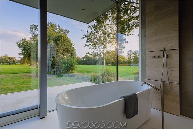 Beton-Haus-Wände-Glas-Privat-Weide-14-Badewanne.jpg