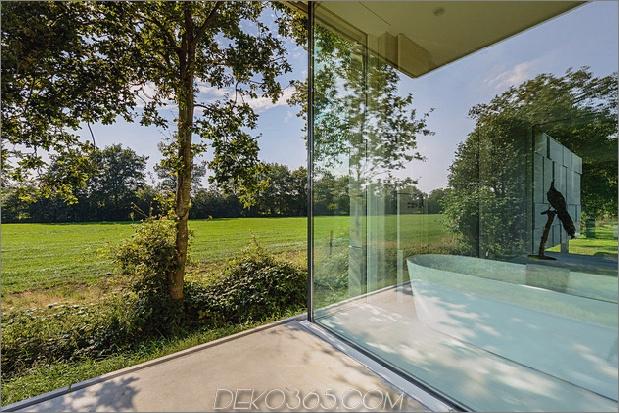 Beton-Haus-Wände-Glas-Privat-Weide-15-Badewanne.jpg
