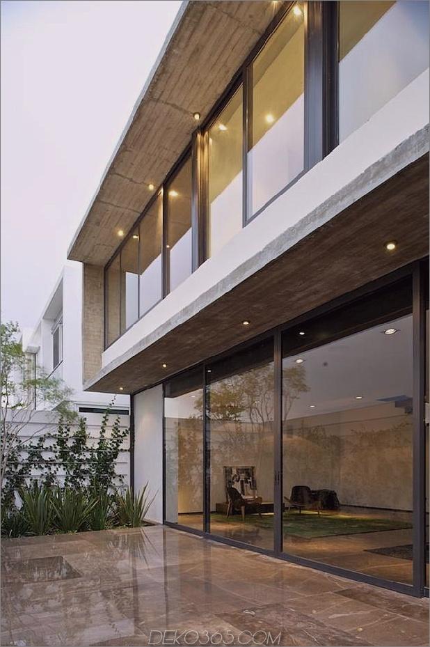 Eck-Grundstück-Haus-mit-anspruchsvollen-Fassaden-12.jpg