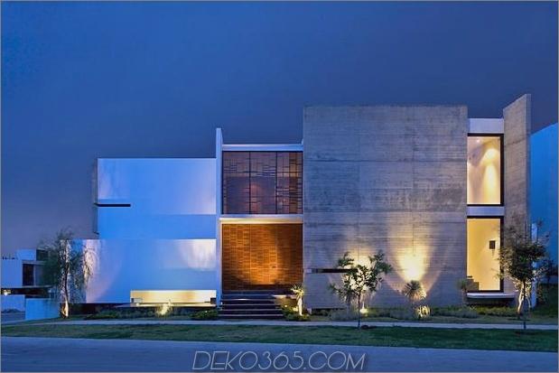 Eck-Grundstück-Haus-mit-anspruchsvollen-Fassaden-14.jpg