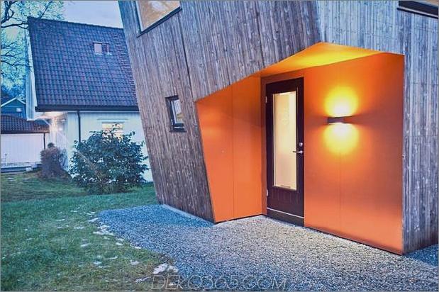 Winkel-Haus-Zusatz-mit Sperrholz ausgekleidet-Innenraum-4-Tür.jpg