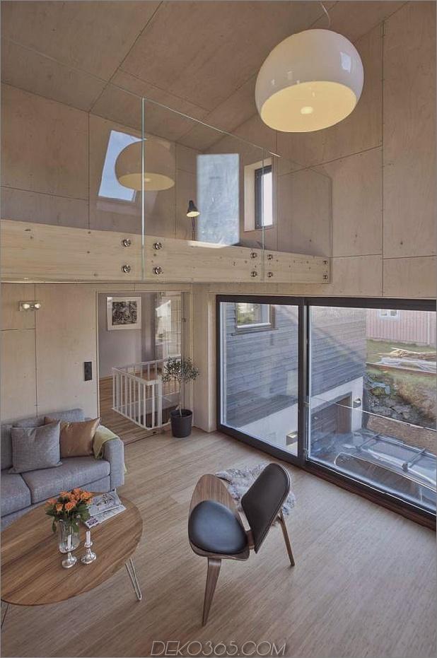 Winkel-Haus-Zusatz-mit Sperrholz ausgekleidet-Interieur-8-Balkon.jpg
